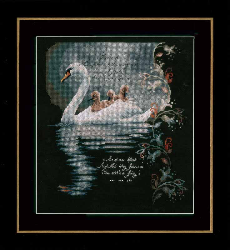 Lanarte Counted Cross Stitch Kit: Swan with Cygnets (Aida,B) Animals & Birds CSK