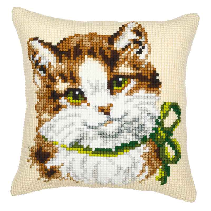 Vervaco Cross Stitch Cushion Kit: Cat with Green Bow