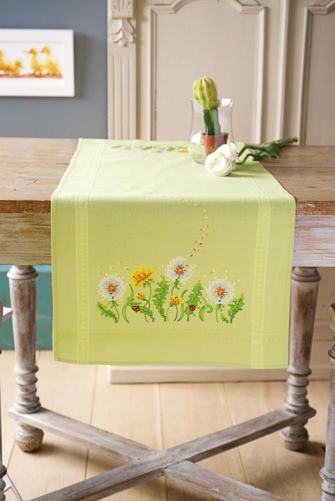 Vervaco Embroidery Kit: Runner: Dandelions Runners and Tablecloth