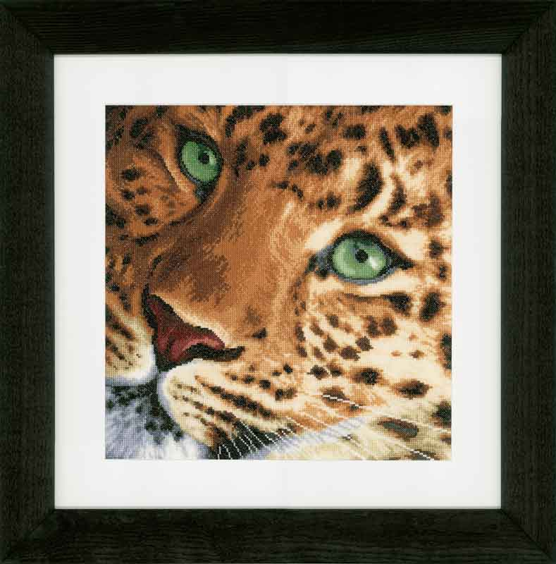 Lanarte Counted Cross Stitch Kit: Leopard: (Evenweave)