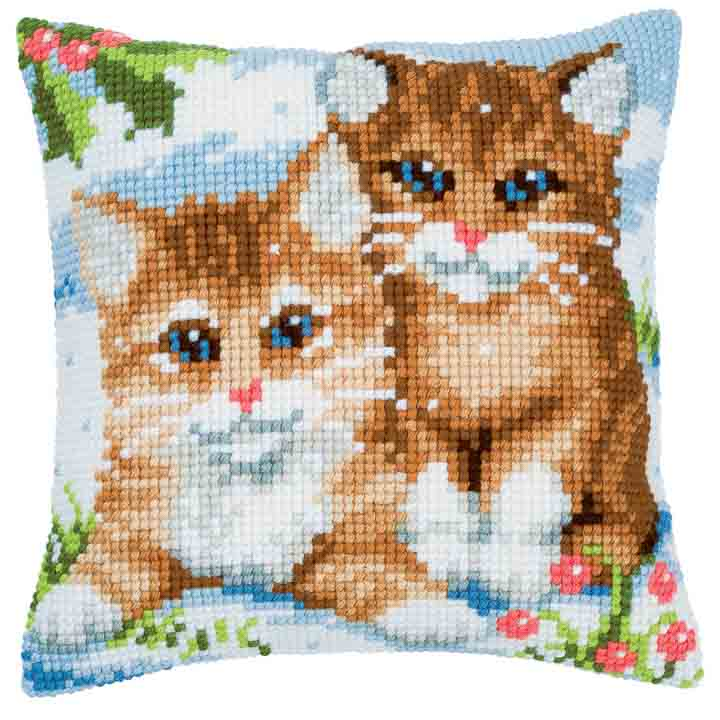 Vervaco Cross Stitch Cushion: Kittens