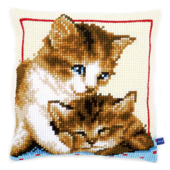 Vervaco Cross Stitch Cushion: Playful Kittens Cats & Dogs CSCK