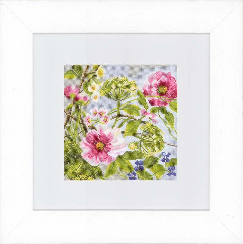 Lanarte Counted Cross Stitch Kit: Peonies (Evenweave)