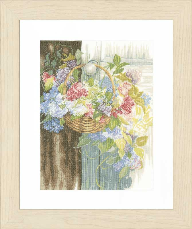 Lanarte Counted Cross Stitch Kit: Flower Basket (Linen)