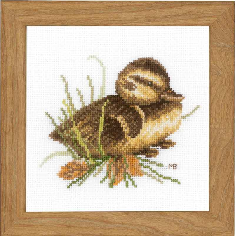Lanarte Counted Cross Stitch Kit: Duckling at Rest (Aida,W)