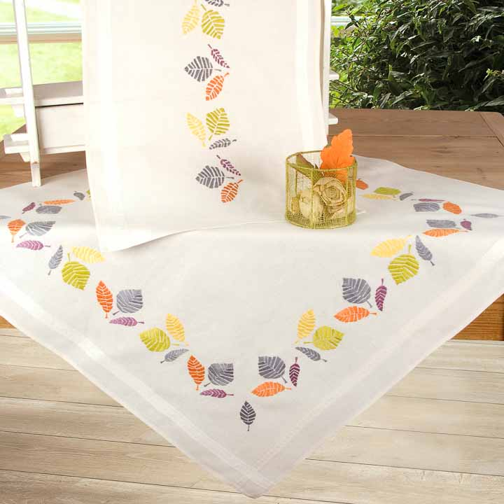 Vervaco Embroidery Kit: Tablecloth: Colourful Leaves