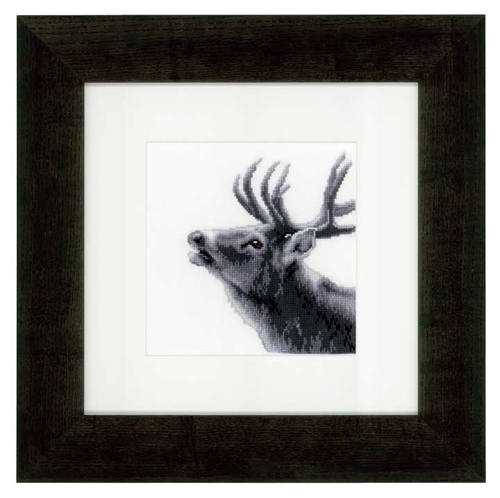 Counted Cross Stitch Kit: Roaring Deer