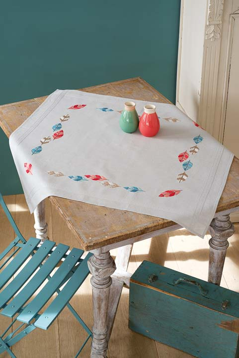 Vervaco Cross Stitch Kit: Tablecloth: Feathers