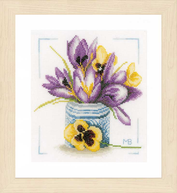 Lanarte Crocus (Evenweave) Flowers & Nature CSK