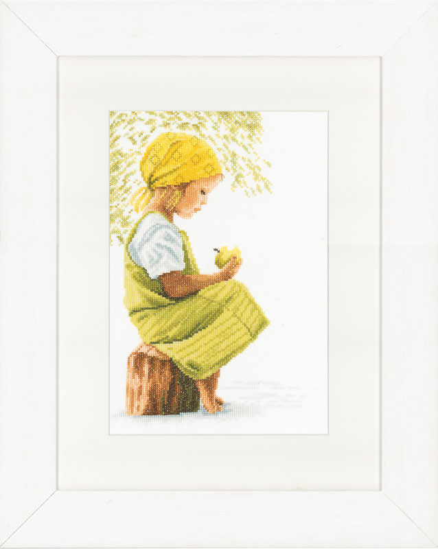 Lanarte Counted Cross Stitch Kit: Girl with Apple (Evenweave)