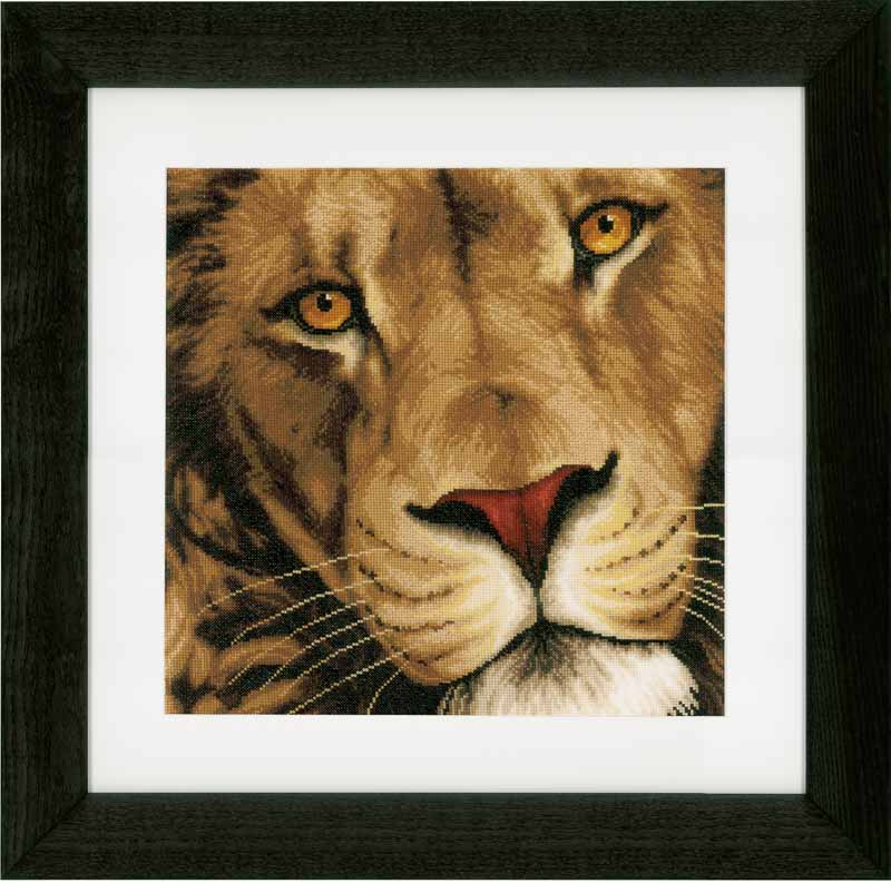 Lanarte Counted Cross Stitch Kit: King of Animals (Aida) Animals & Birds CSK