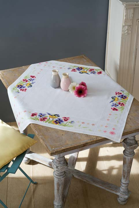 Vervaco Cross Stitch Kit: Tablecloth: Bird & Violets