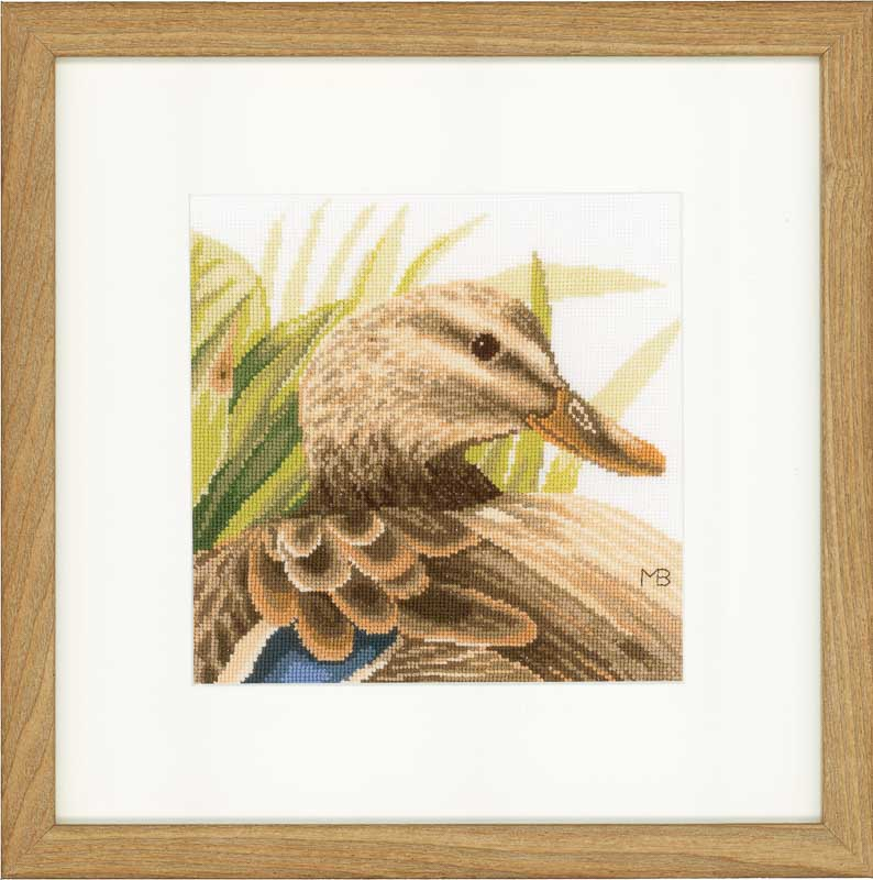 Lanarte Counted Cross Stitch Kit: Mother Duck (Aida)