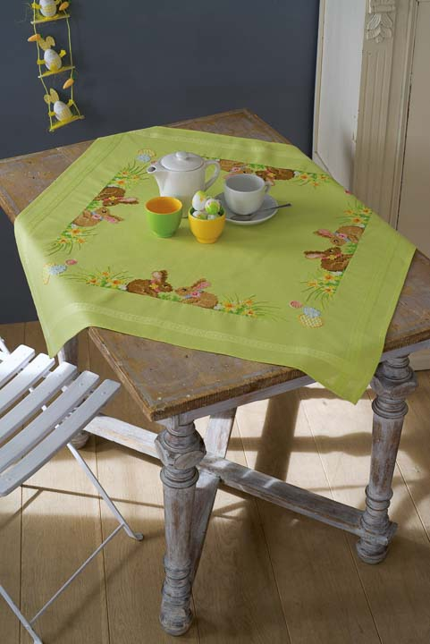 Vervaco Cross Stitch Kit: Tablecloth: Easter Bunnies