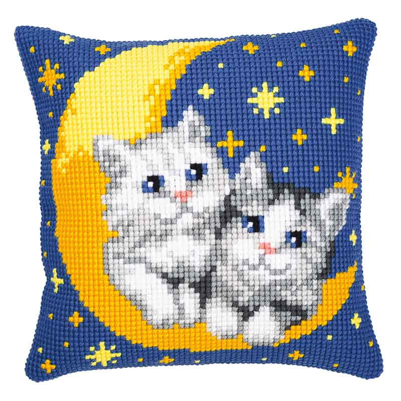 Vervaco Cross Stitch Cushion Kit: Moon And Kittens Cats & Dogs CSCK