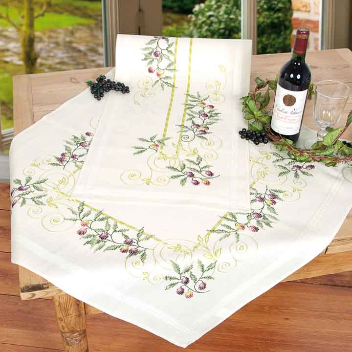 Vervaco Embroidery Kit: Tablecloth: Olive Branches Runners and Tablecloth