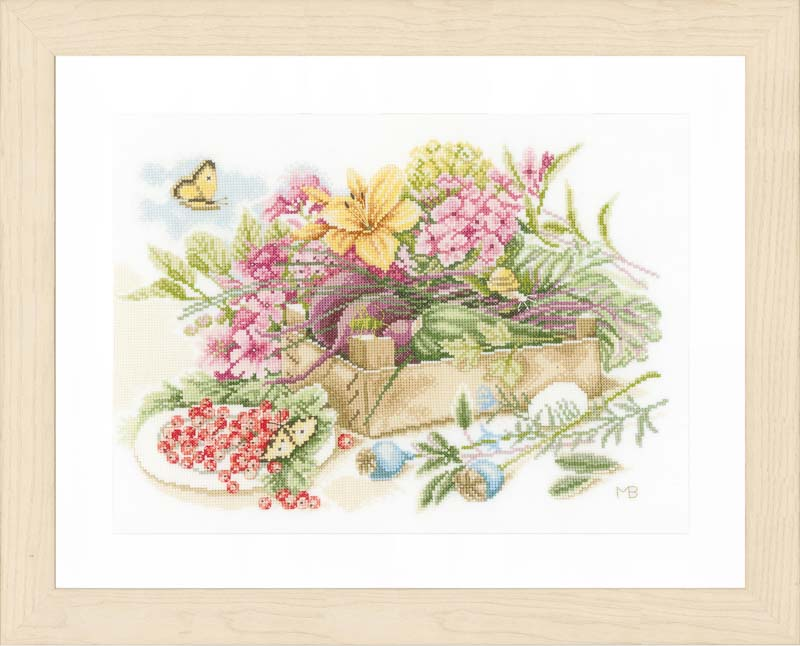Lanarte Counted Cross Stitch Kit - In The Garden