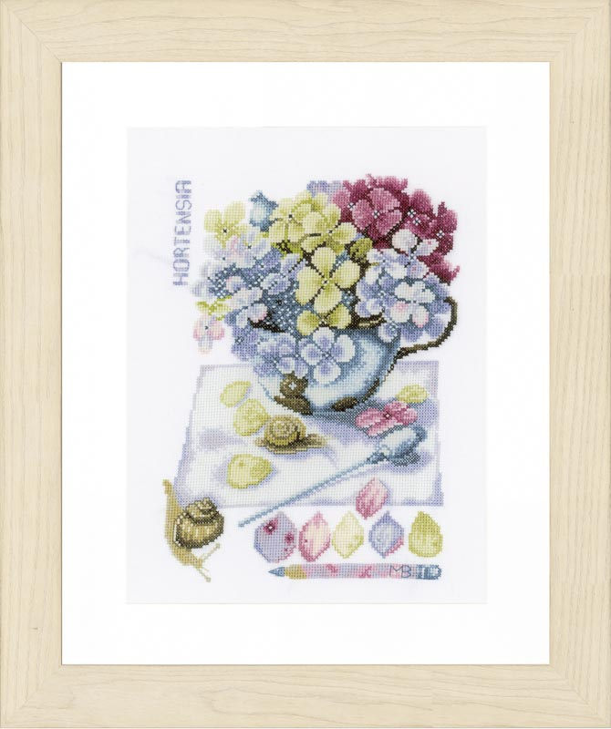 Lanarte Counted Cross Stitch Kit: Hortensia (Aida,W)