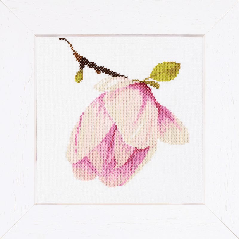 Lanarte Counted Cross Stitch Kit: Magnolia Bud (Aida,W)
