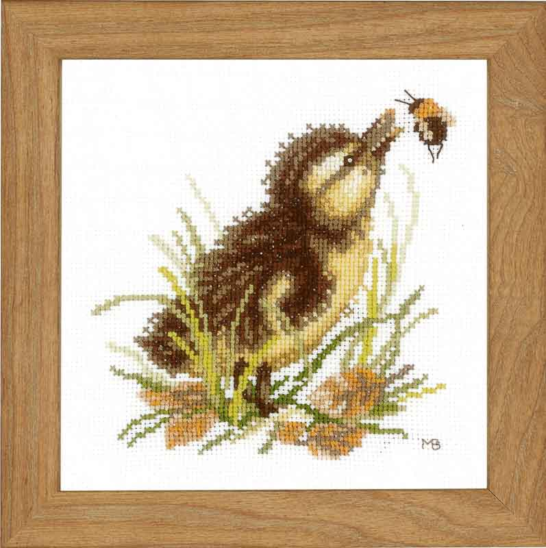 Lanarte Counted Cross Stitch Kit: Duckling and Bumble Bee (Aida,W)