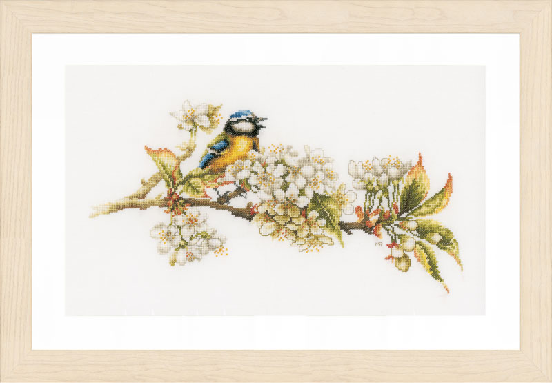 Lanarte Counted Cross Stitch Kit: Blue Tit: (Evenweave)