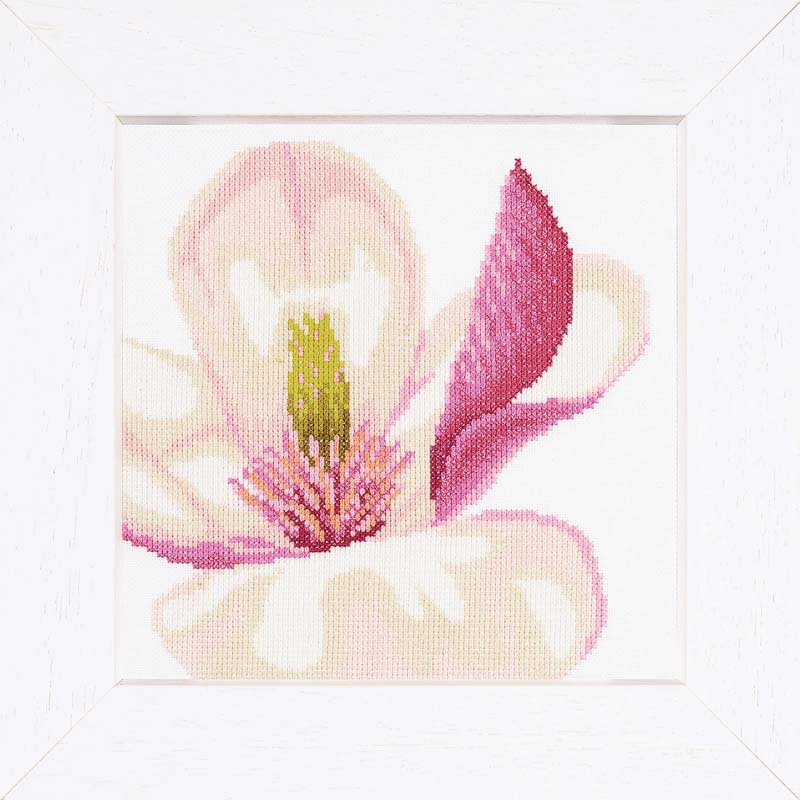 Lanarte Counted Cross Stitch Kit: Magnolia Flower (Aida,W)