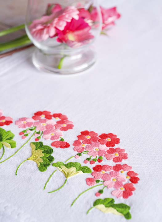 Vervaco Embroidery Kit: Runner: Geraniums Runners and Tablecloth