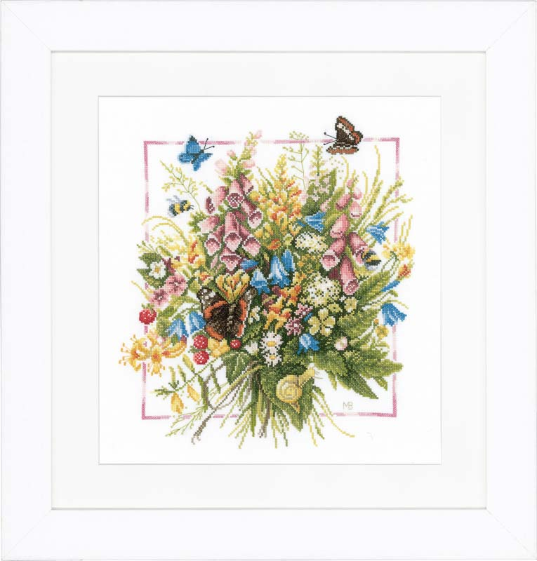 Lanarte Counted Cross Stitch Kit: Summer Bouquet (Aida,W)