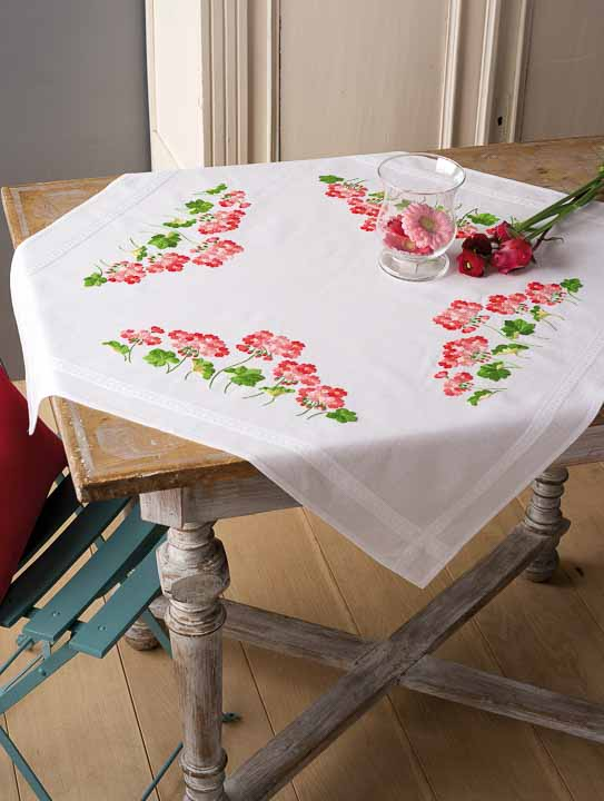 Vervaco Embroidery Kit: Tablecloth: Geraniums Runners and Tablecloth