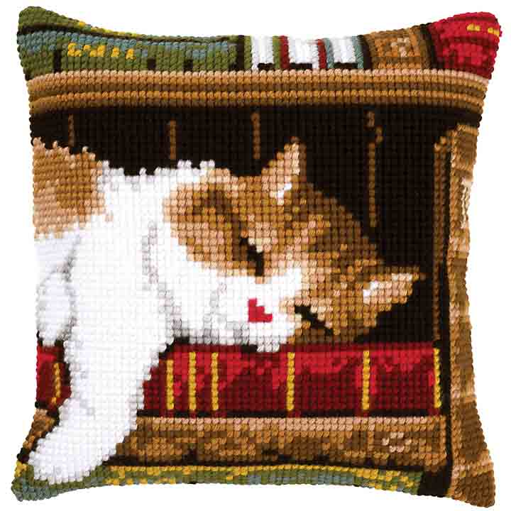 Vervaco Cross Stitch Cushion: Cat Sleeping Cats & Dogs CSCK