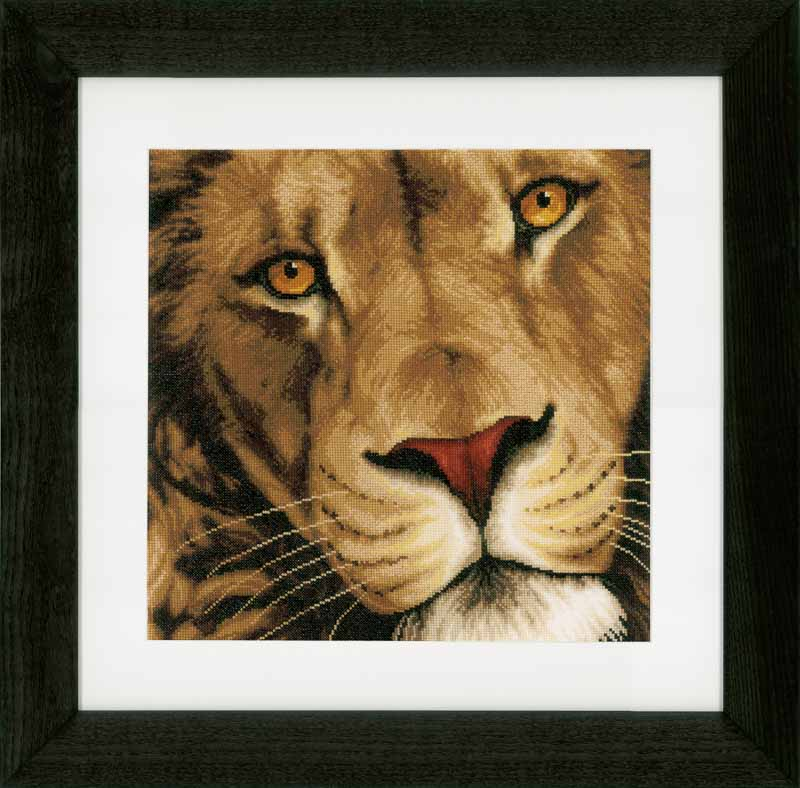 Lanarte Counted Cross Stitch Kit: King of Animals (Evenweave)
