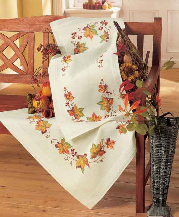Vervaco Embroidery Kit: Tablecloth: Autumn Leaves