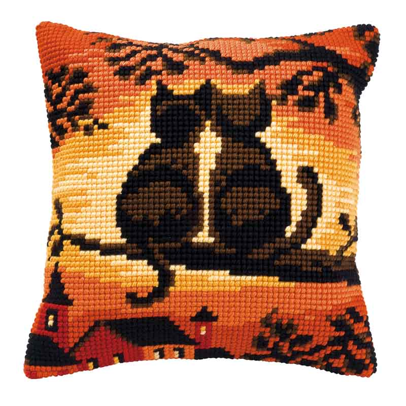 Vervaco Cross Stitch Cushion Kit: Sunset Cats Cats & Dogs CSCK