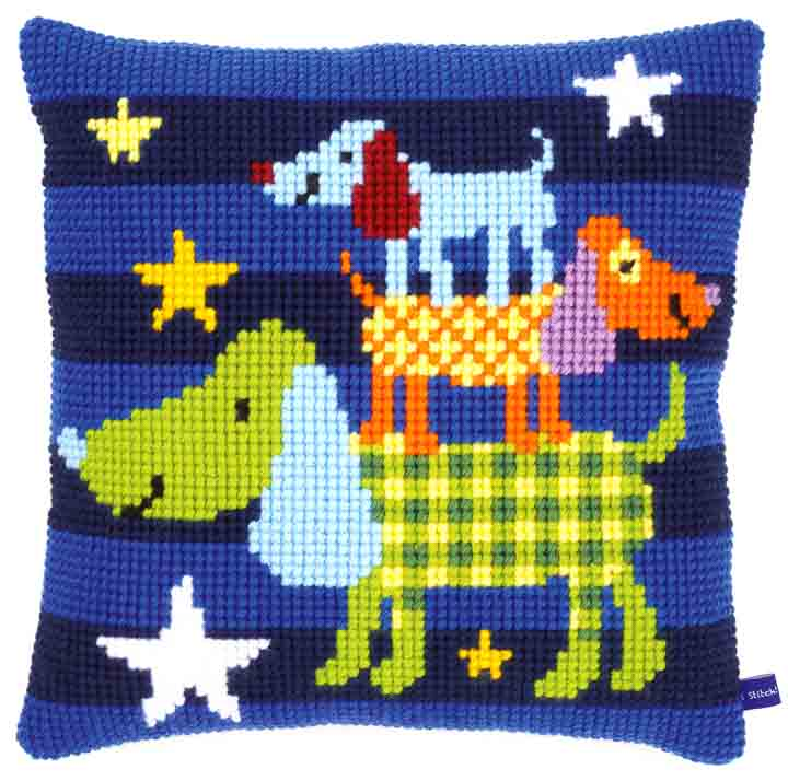 Vervaco Cross Stitch Cushion: Funny Dogs Cats & Dogs CSCK