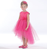 McCalls M7077/CL | Children's/Girls Dresses | Size (6-7-8) | Sewing Pattern
