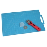 Folding Cutting Mat with Rotary Cutter