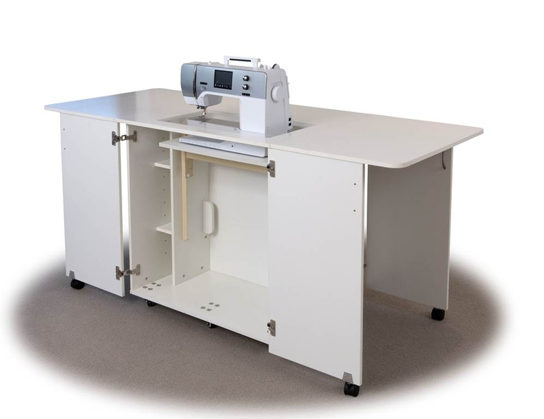 Horn Tri Star 3012 Sewing Cabinet