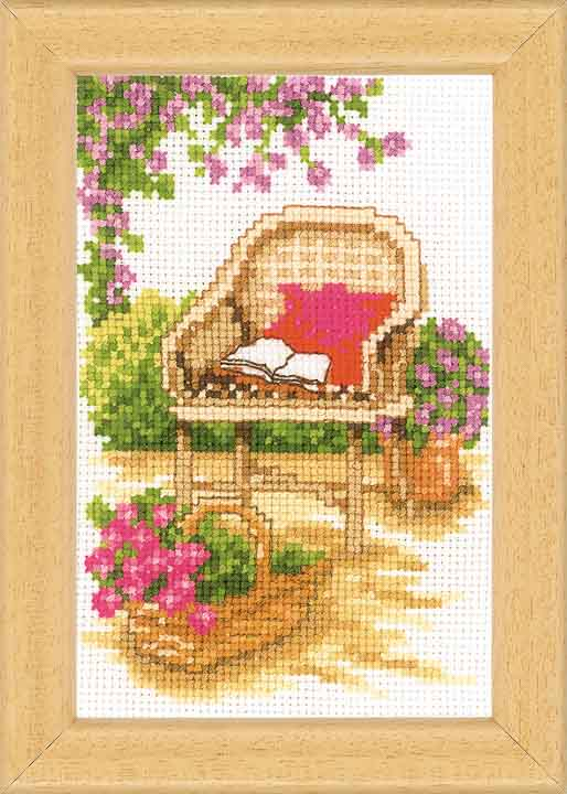 Vervaco Counted Cross Stitch Kit: Sit In The Garden - 3
