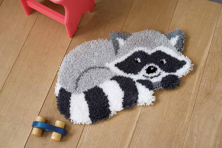 Vervaco Latch Hook Kit: Shaped Rug: Raccoon Latch Hook Rug & Wall Hanging Kit