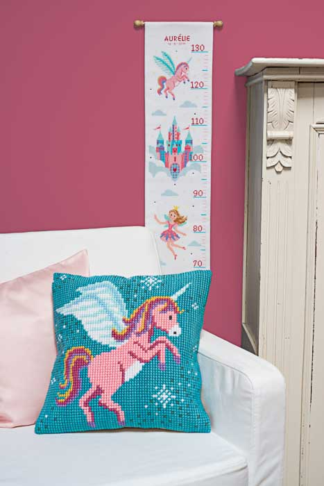 Vervaco Counted Cross Stitch Kit: Princess & Unicorn | PN_0158313  2
