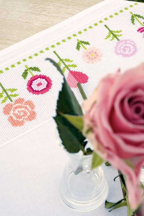 Vervaco Counted Cross Stitch: Tablecloth: Pink Flowers