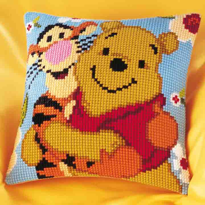 Vervaco Cross Stitch Cushion Kit: Winnie and Tigger