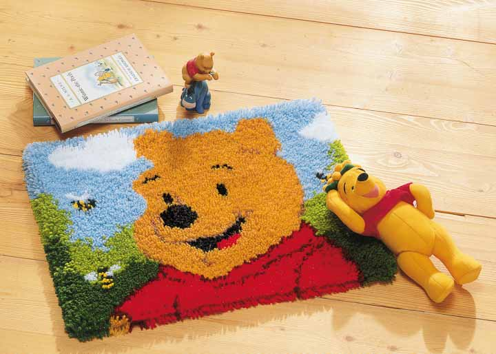 Vervaco Latch Hook Kit: Rug: Winnie The Pooh Latch Hook Rug & Wall Hanging Kit