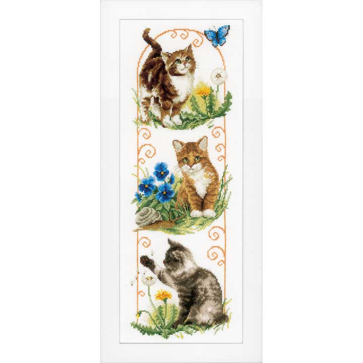 Counted Cross Stitch: Cats Exploring