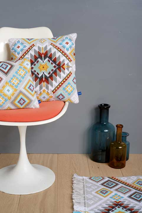Vervaco Cross Stitch Cushion: Cushion: Ethnic Patterns CSCK