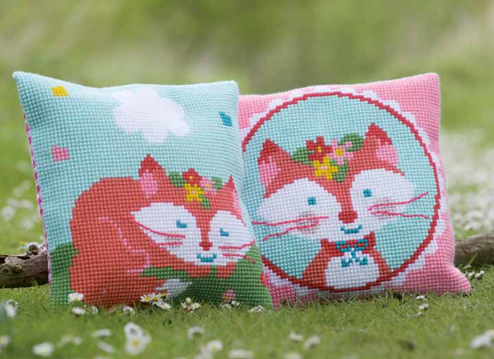 Vervaco Cross Stitch Cushion: Lief! Laughing Small Fox