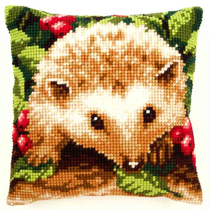 Vervaco Cross Stitch Cushion: Hedgehog with Berries Animals & Birds CSCK
