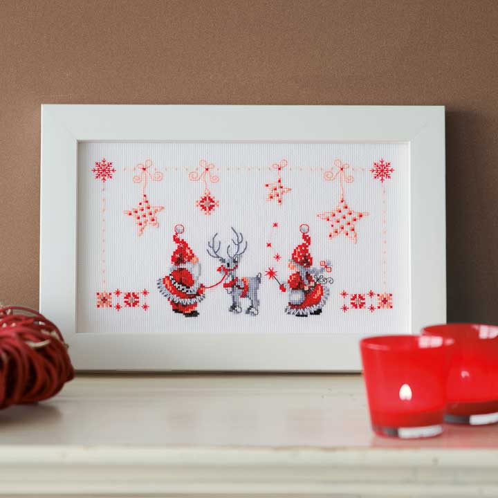 Vervaco Counted Cross Stitch Kit: Christmas Elves