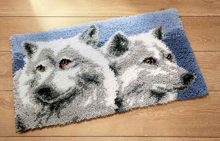 Vervaco Latch Hook Kit: Rug: Wolves Latch Hook Rug & Wall Hanging Kit