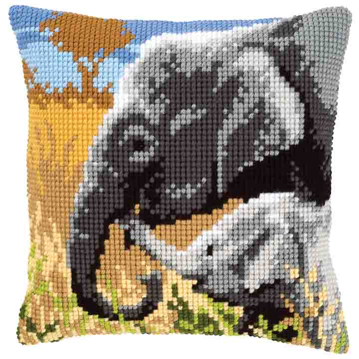 Vervaco Cross Stitch Cushion: Elephants